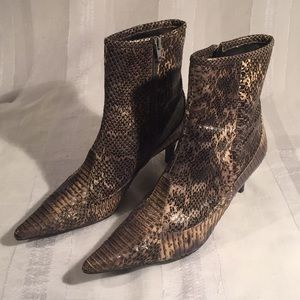 NINE WEST Embossed Snake Skin Leather Ankle Boots